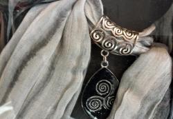 foulard-bijoux-triskel.jpg